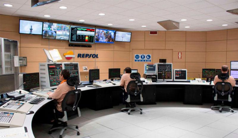Repsol Olefin control room